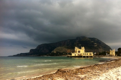 Mondello...beach resort area!  Bellisimo!